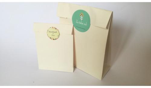Kese od voluminoznog krem papira - Kreirajte sa nama Vašu kesu!
